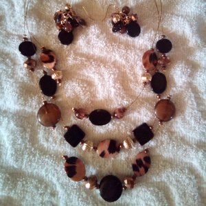 Animal Print Earring & Necklace Set NWOT